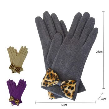 Leopard Bow Gloves